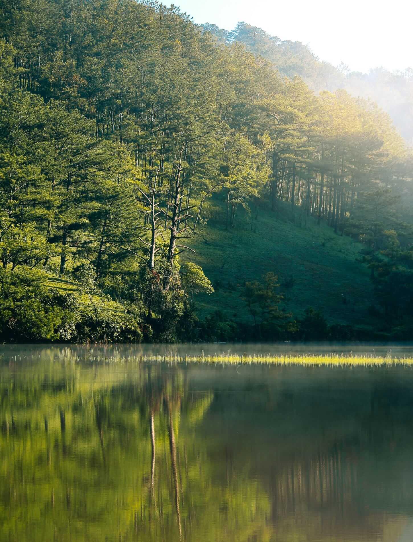 Morning light on Tuyen Lam Lake