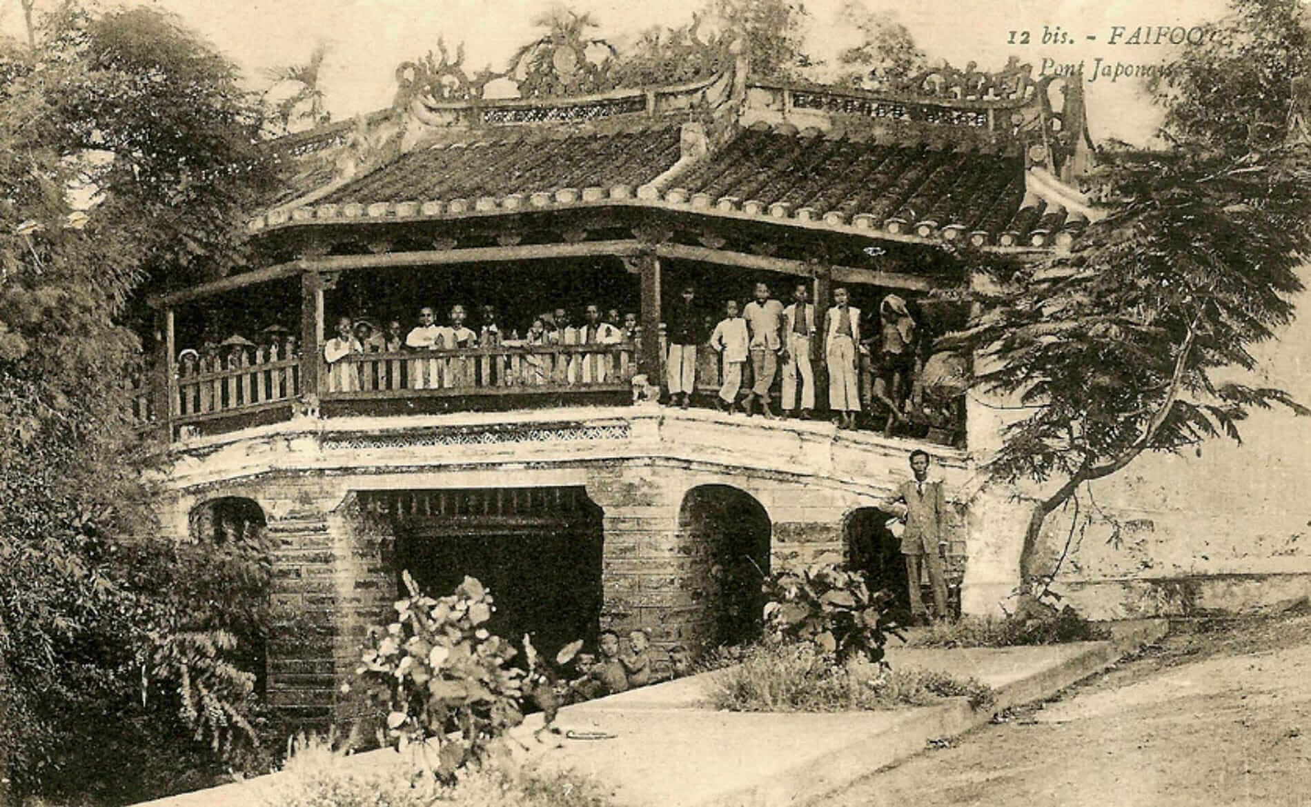 Old postcard of Hoi An's ancient Japanese bridge