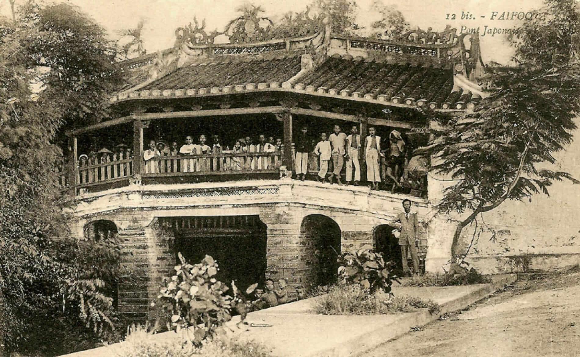 Old postcard of Hoi An's ancient Japanese bridge