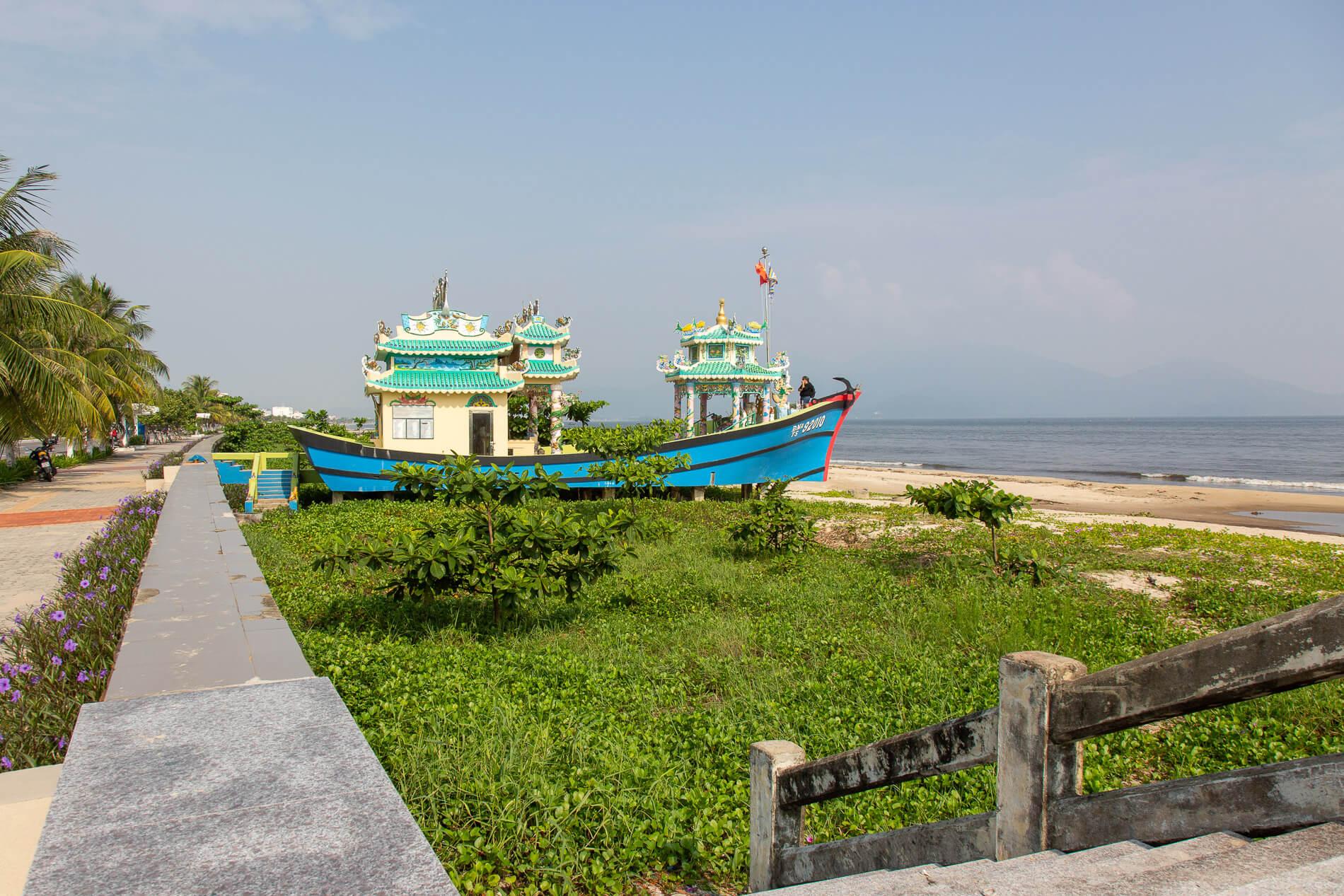 ornate shrine to fishermen found on Da Nang's Red Beach