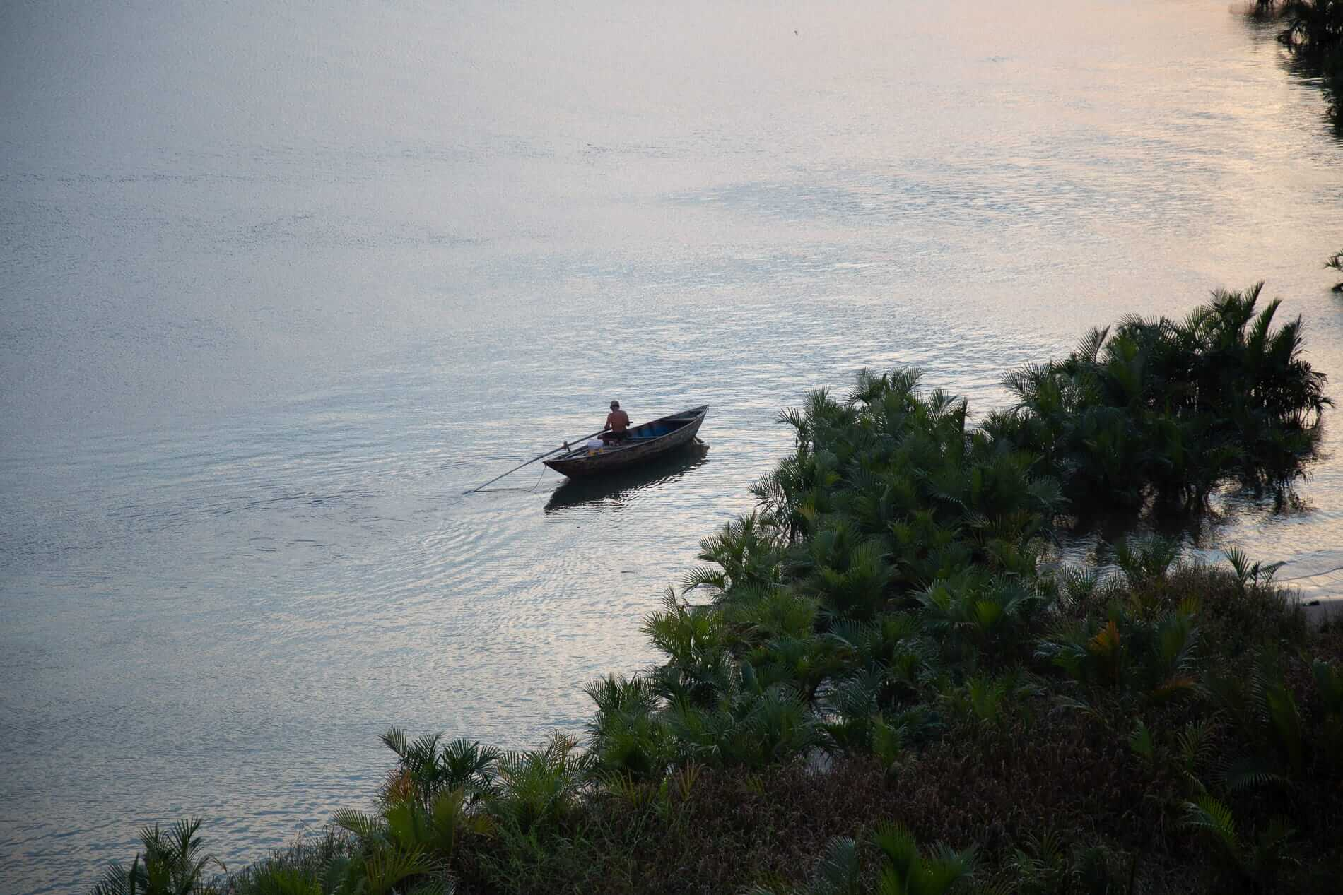 The rivers and coastline of Hoi An provide quality seafood to Hoi An's best restaurants