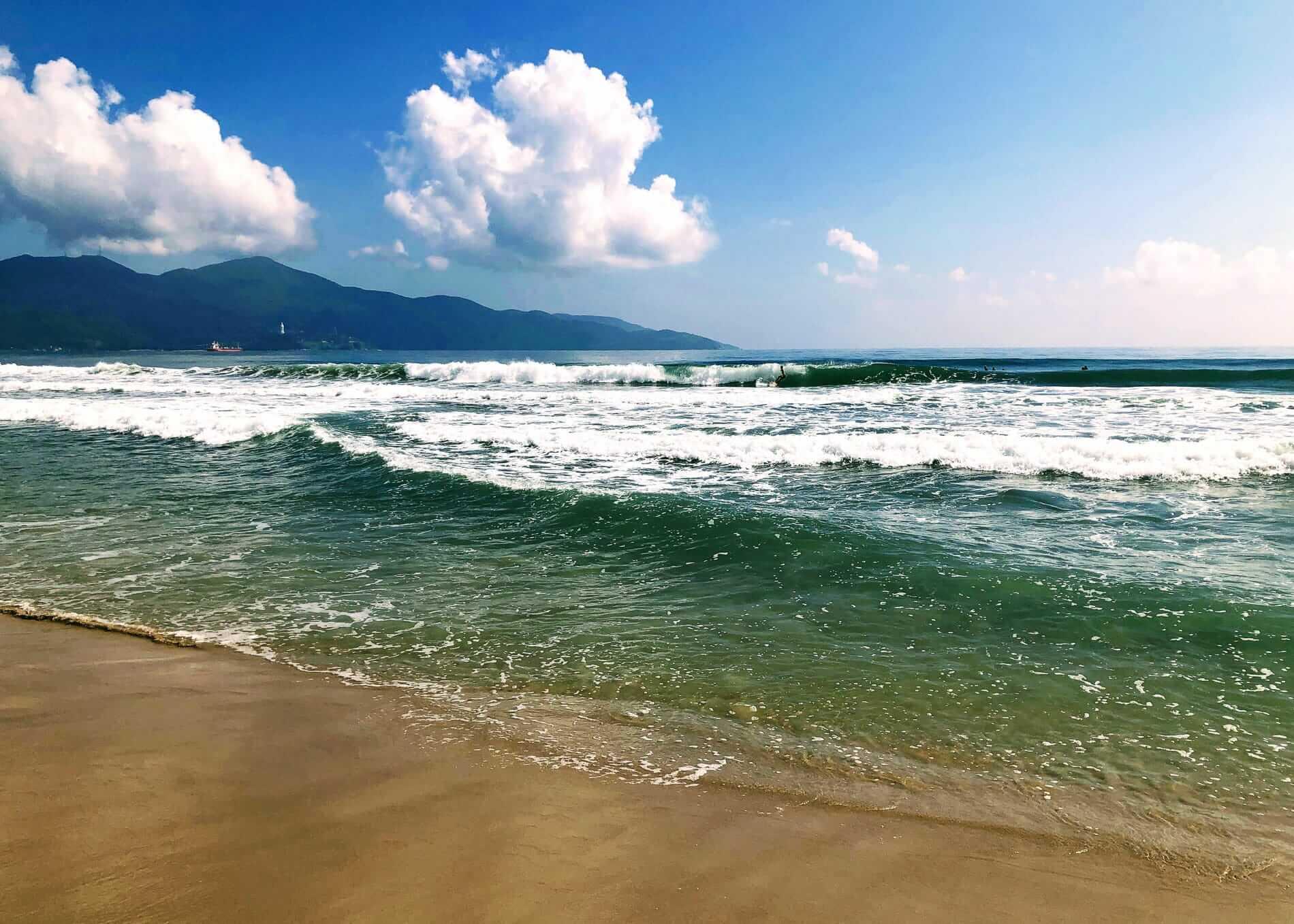calm water at My Khe Beach