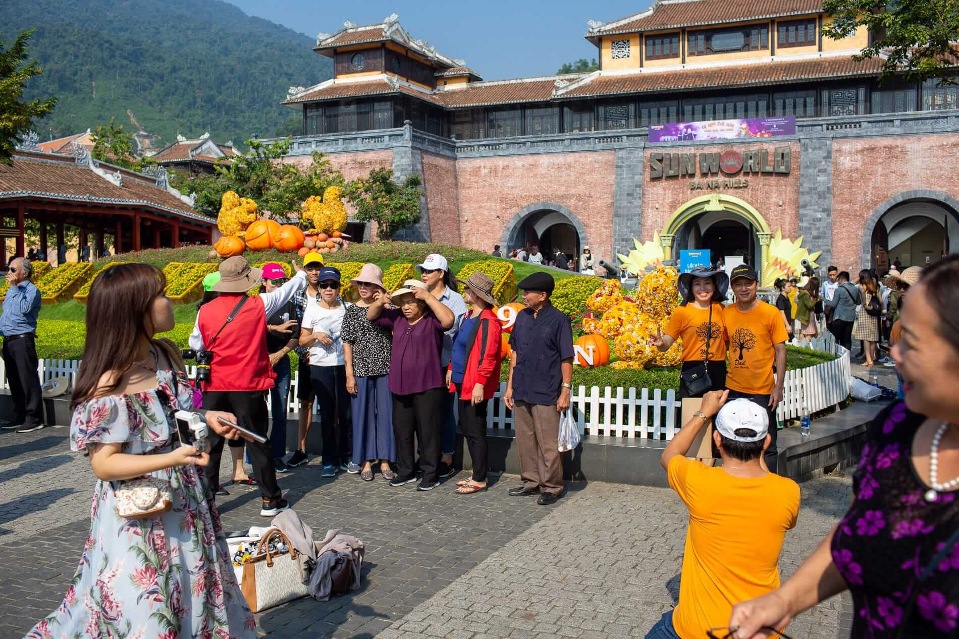 Entrance gate at Sun World Ba Na Hills.