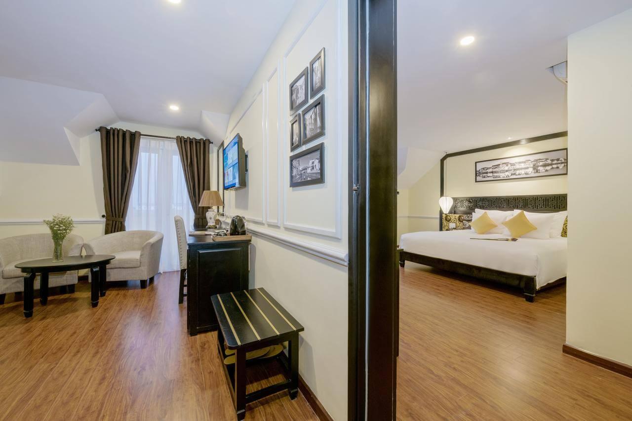 extravagant family suite at Le Pavillon Hotel