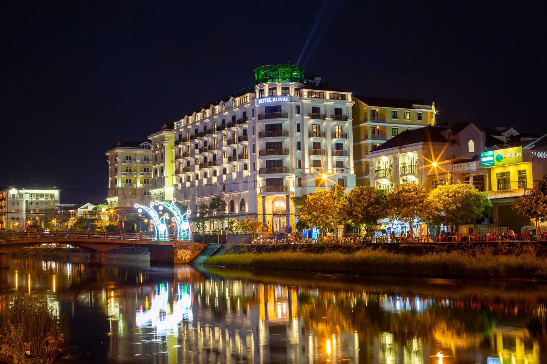 Hotel Royal Hoi An at night