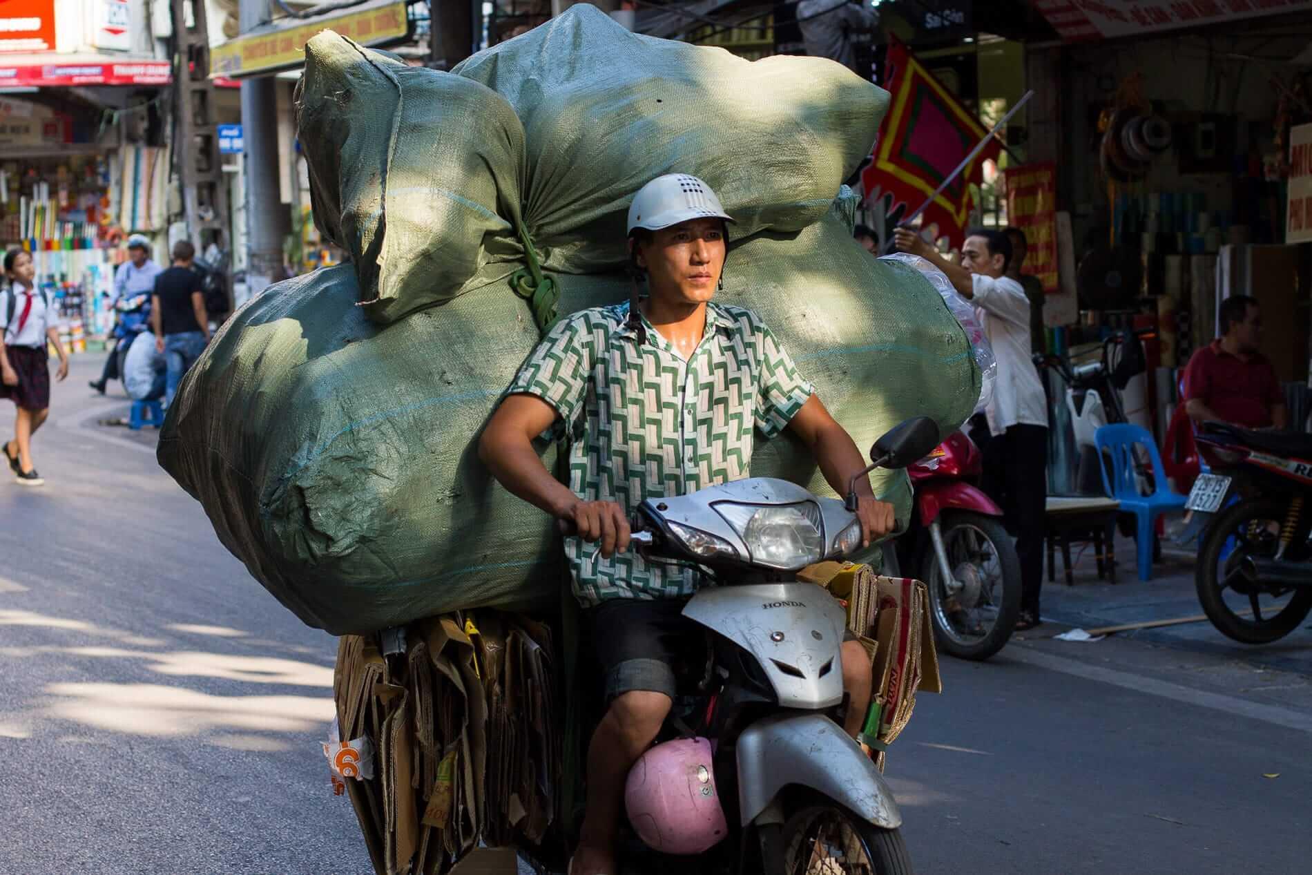 motorbike delivery in Hanoi city