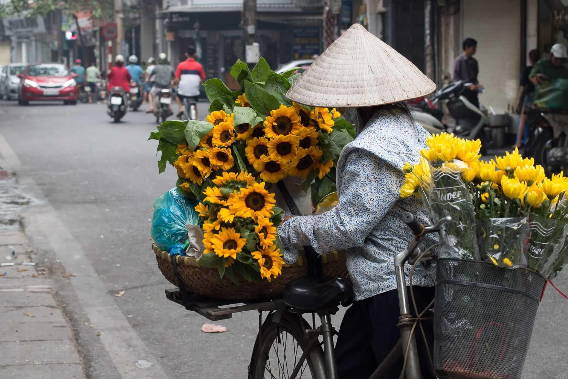 bike florist in Hanoi