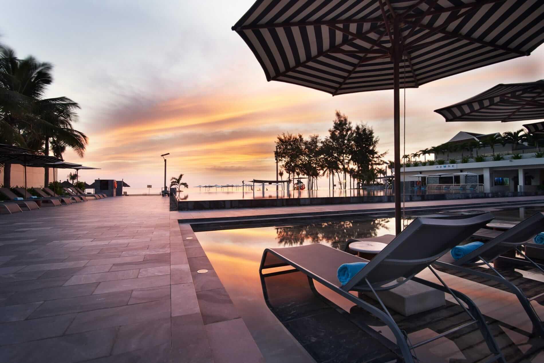 Infinity pool at Pullman Resort