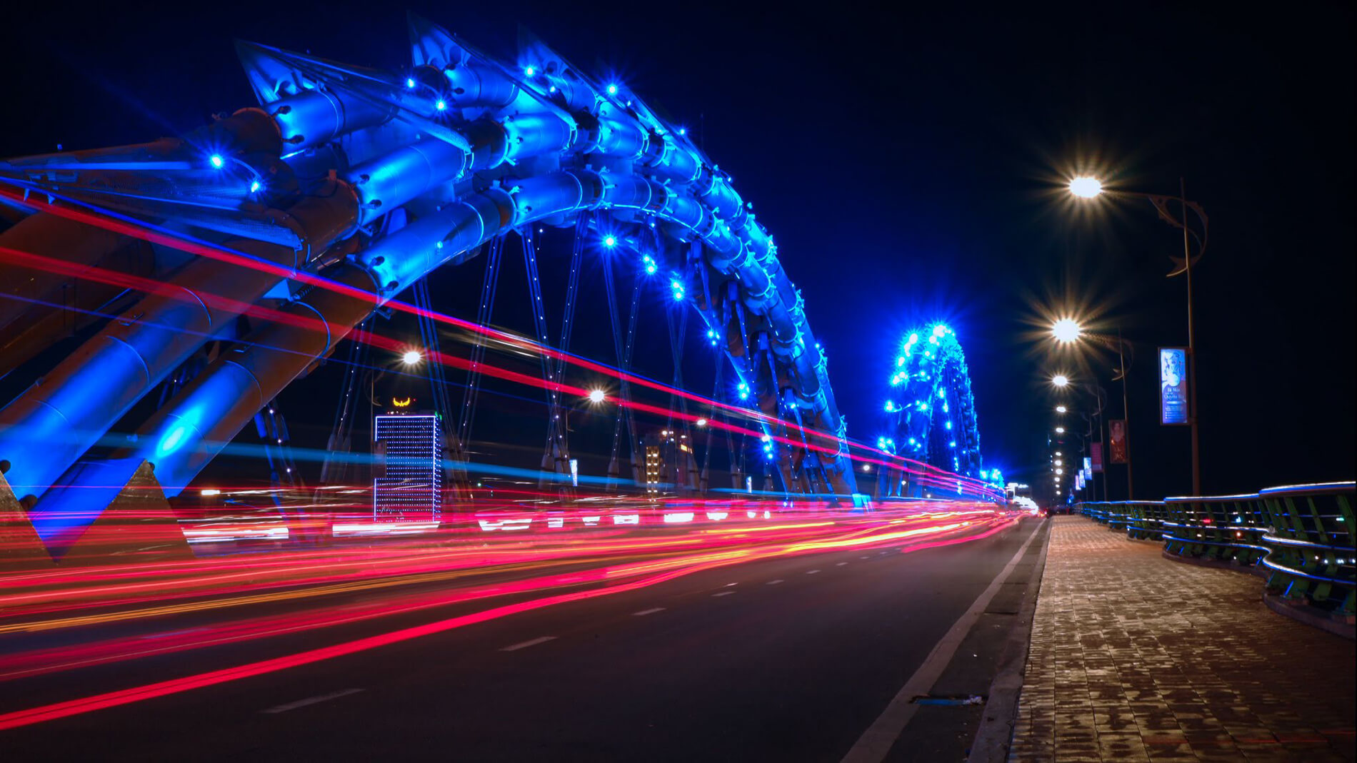 Explore Dragon Bridge in Da Nang City - Structure
