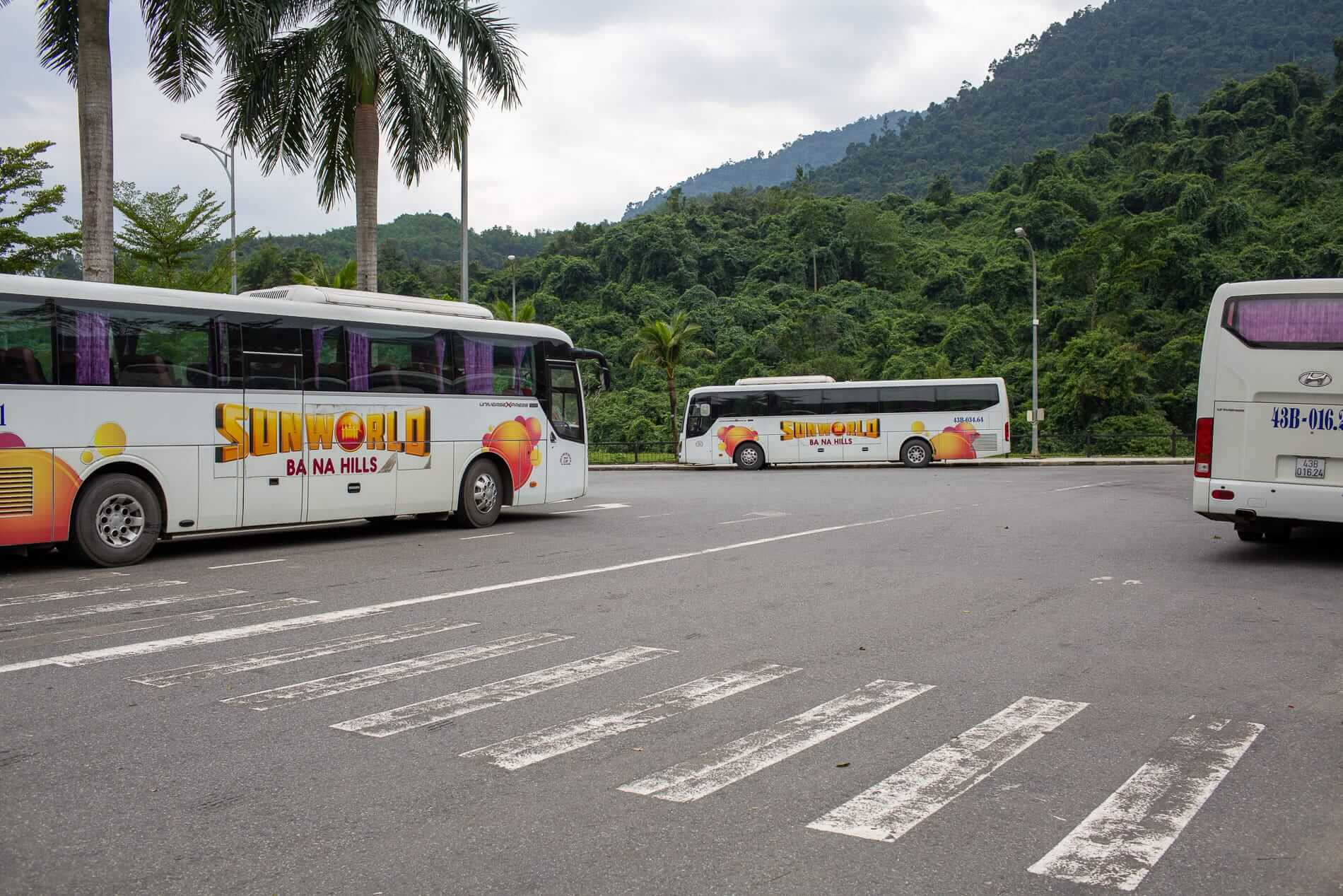 parked buses wait for passengers at Ba Na Hills