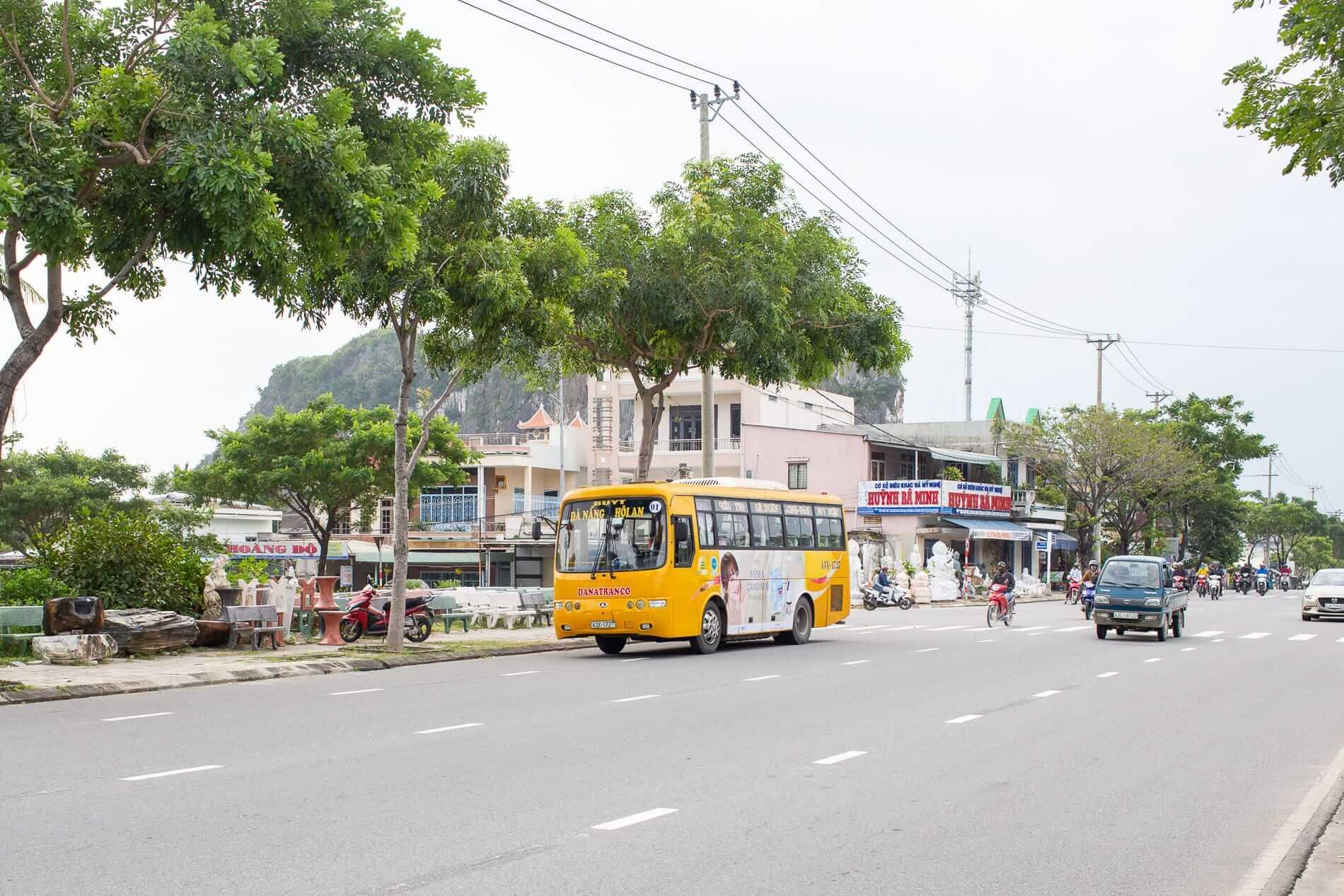 Hoi An bus 1