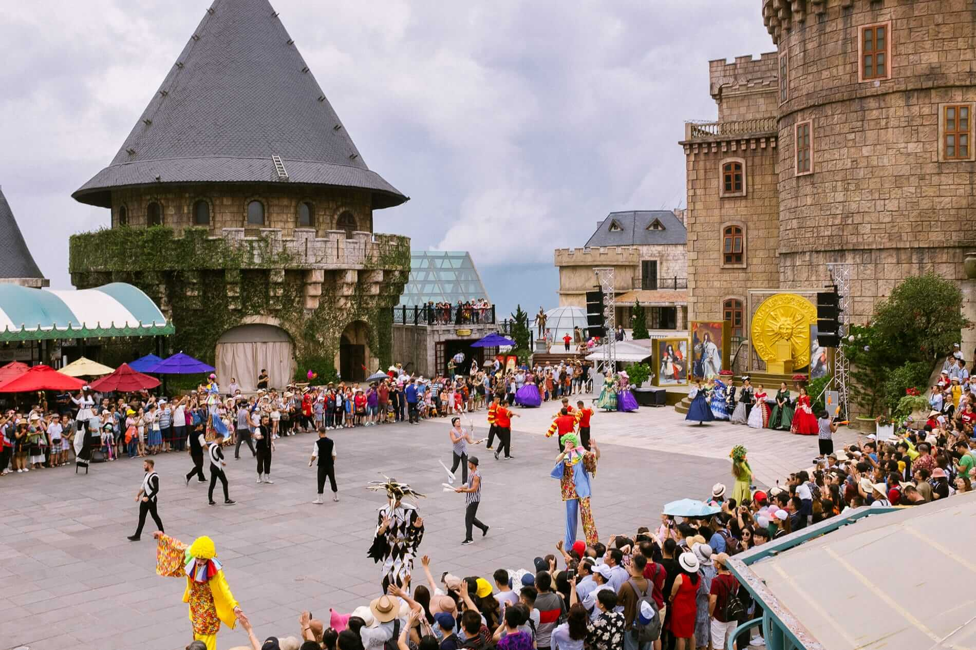 Performers at the Ba Na Hills main square