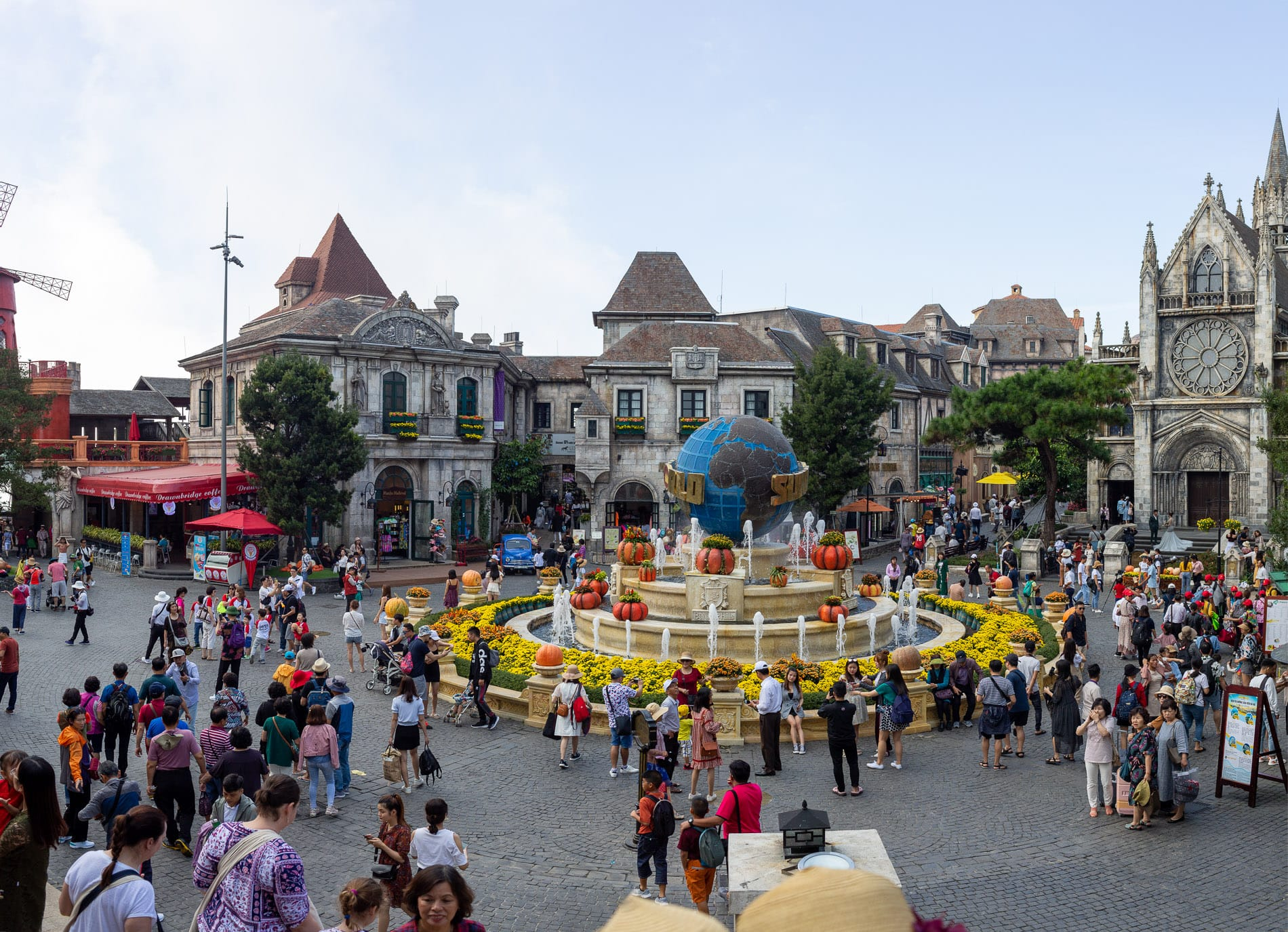 Ba Na Hills on a busy day