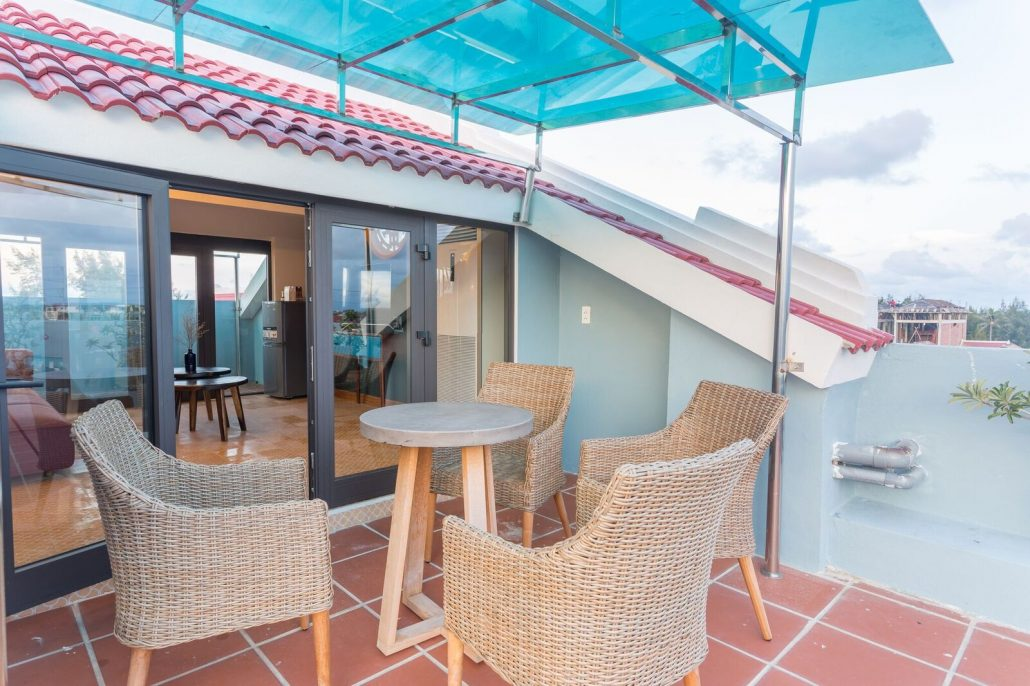Rooftop balcony at the penthouse suite of the Beachside Boutique Resort
