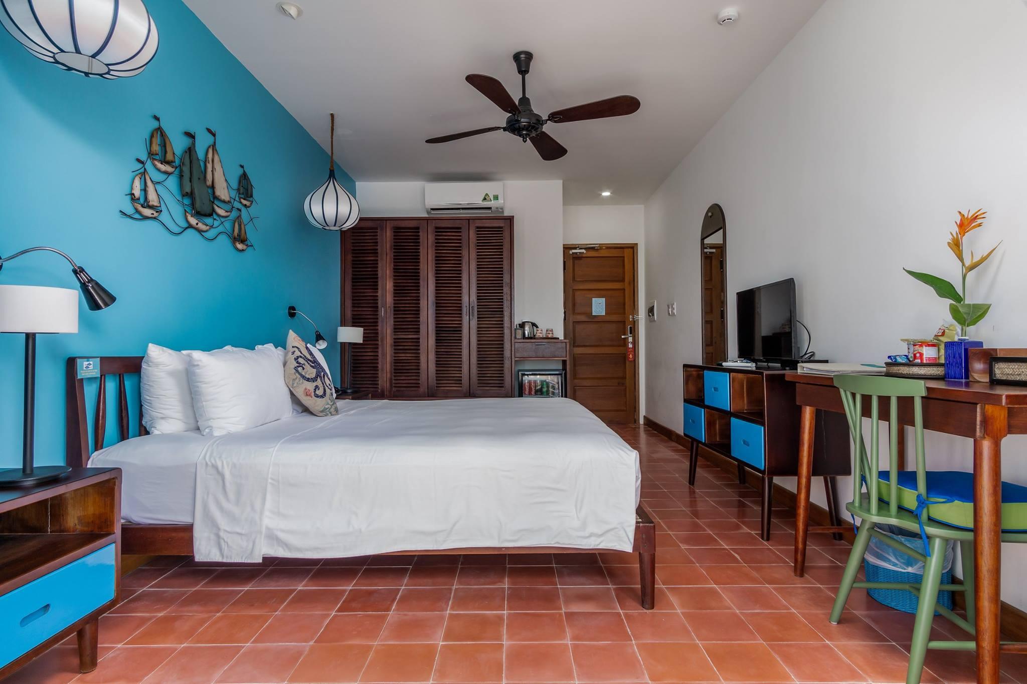 blue Seashell Room at the resort