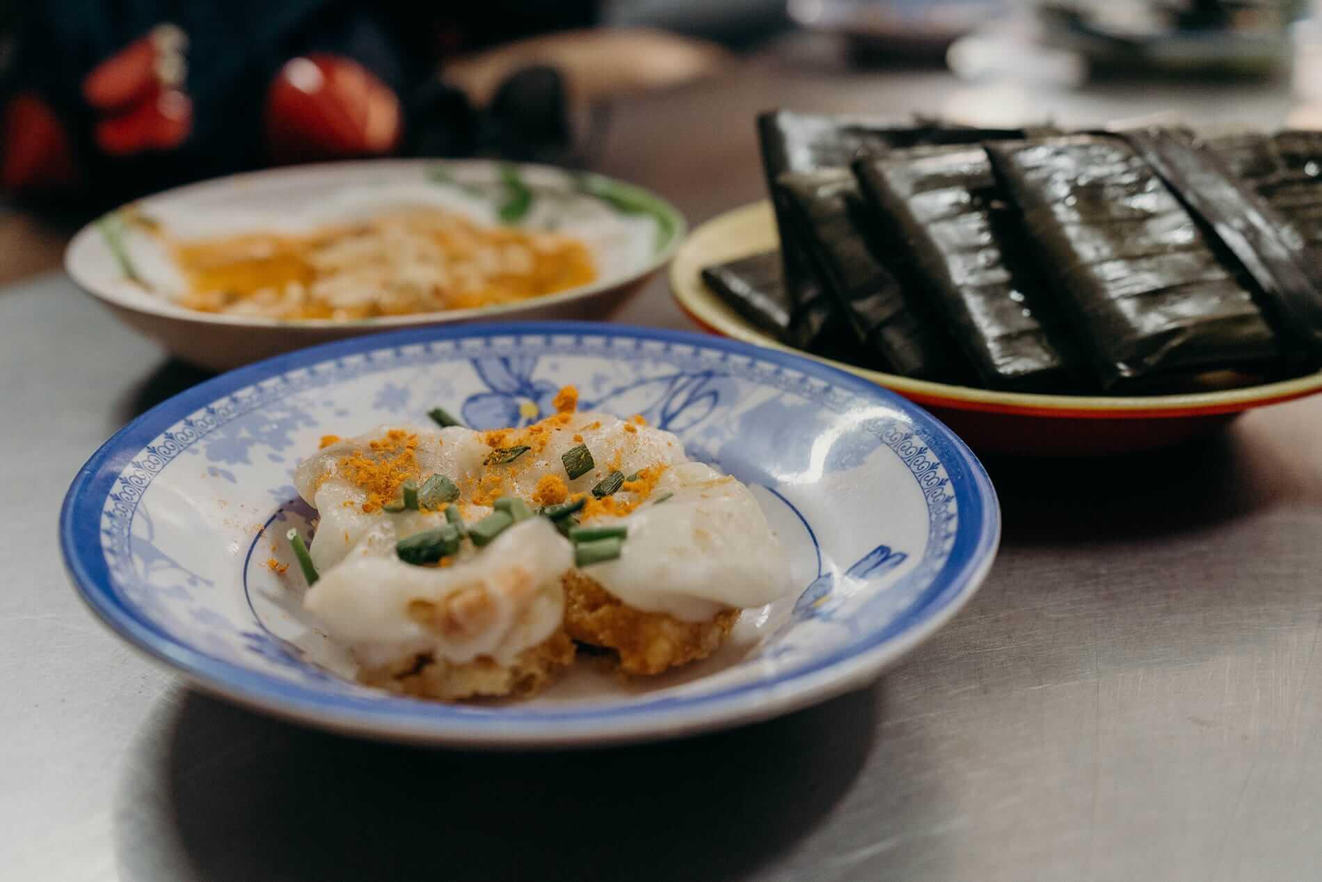 Da Nang iconic street food served on tours