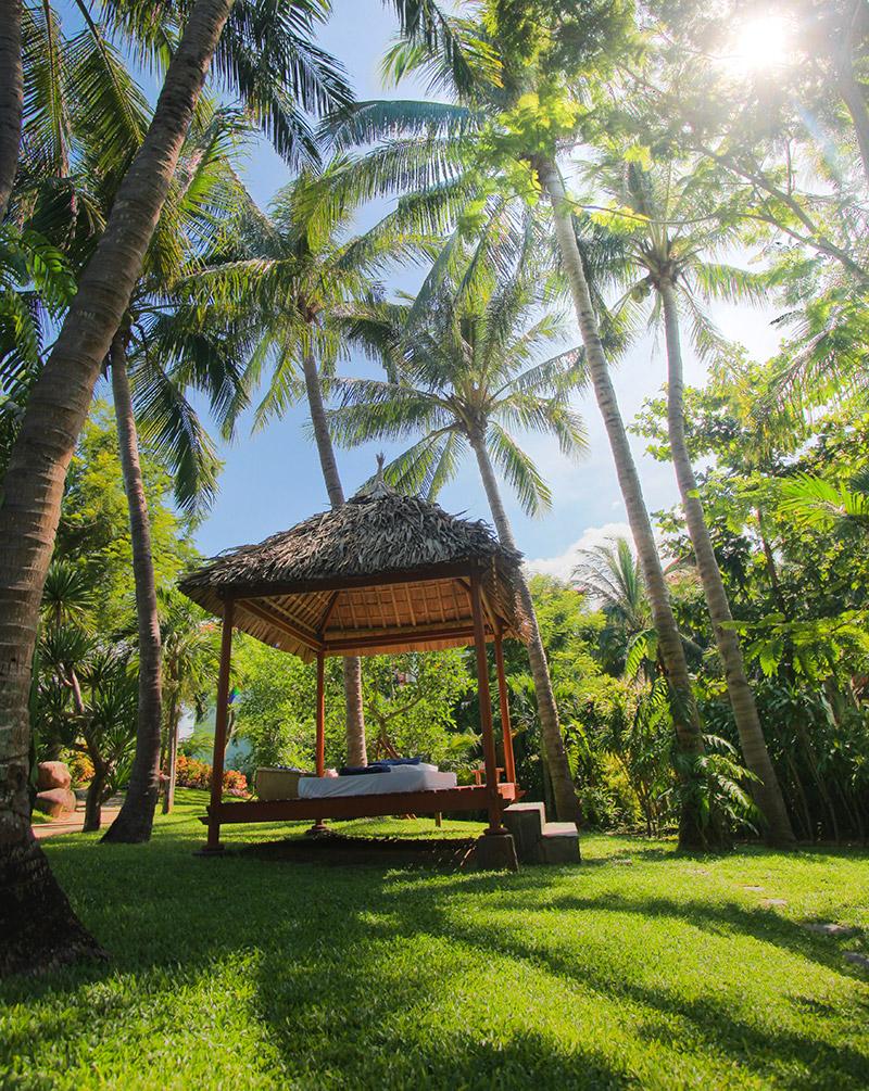 relax on a beach hut at Furama Resort Da Nang