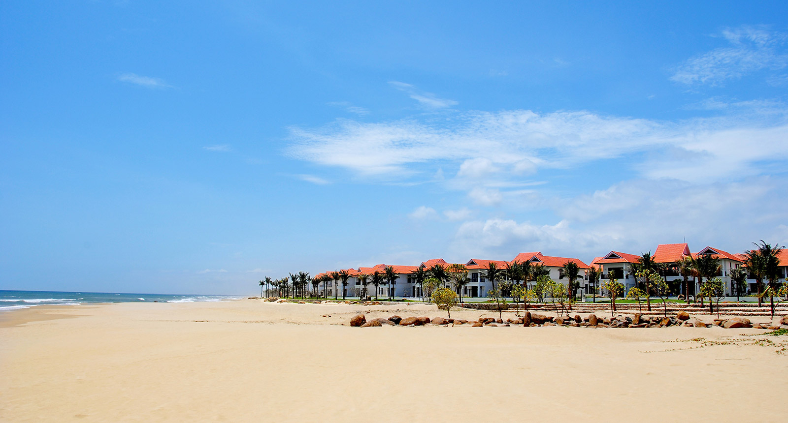 beautiful beachfront of Furama Resort