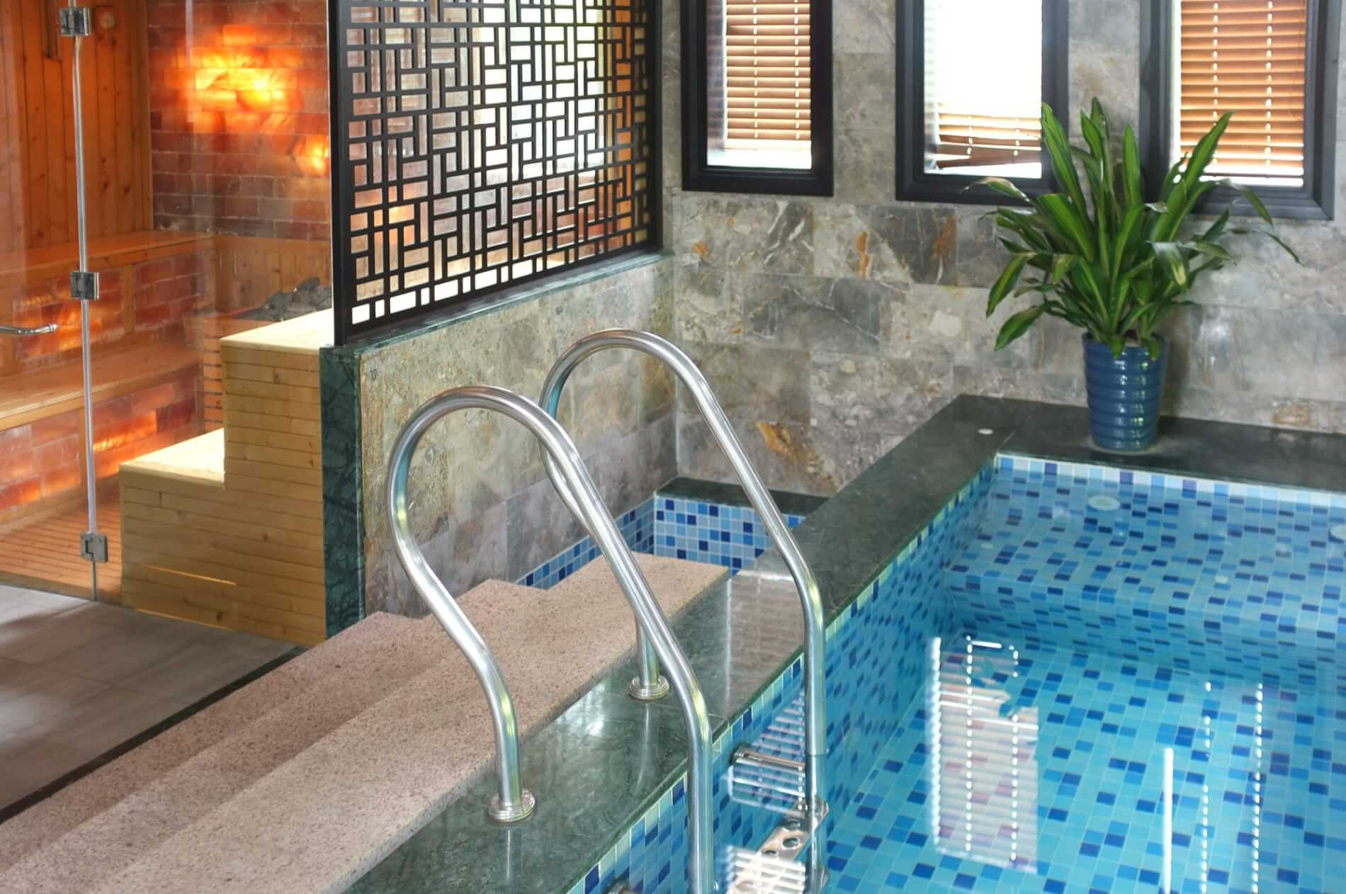 the pool and steam room at Koi Spa