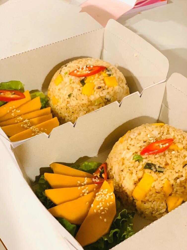 Yen Hoi An Cafe offers food delivery